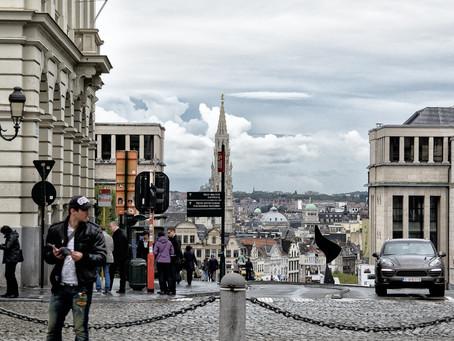 Unos 490 arrestados en distintos actos contra medidas anticovid en Bruselas