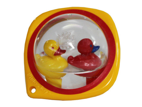 Cot rattle ducklings