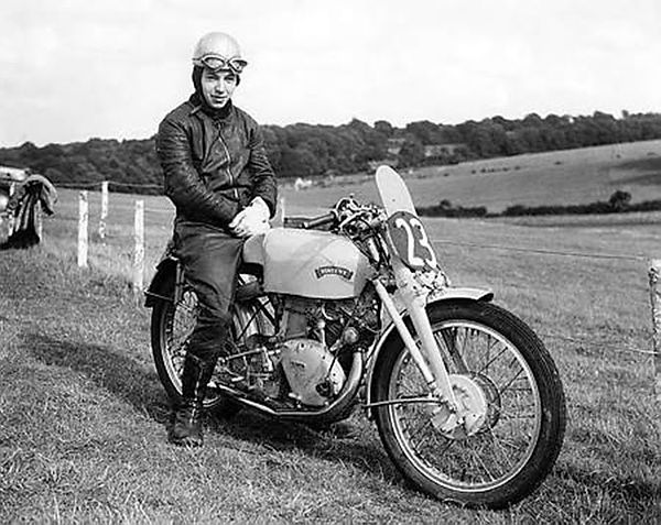 vincent grey flash surtees 1951.jpg