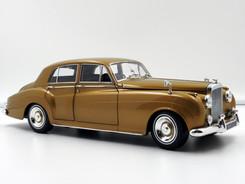Bentley S2 (Gold) - 1960 - Minichamps