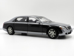 Maybach 62 (Himalayas Grey Bright - Caspian Black) - 2004 - AUTOart