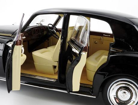 Rolls-Royce Silver Cloud II (black) - 19