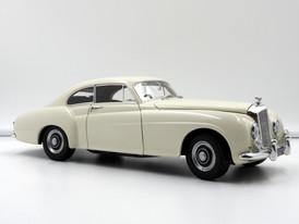 Bentley R-Type Continental (beige) - 1954 - Minichamps