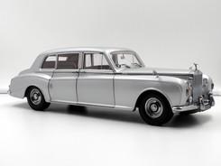 Rolls-Royce Phantom V RHD (silver) - 1964 - Paragon