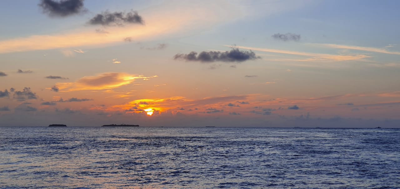 Atoll excursions Maldives sunset cruise