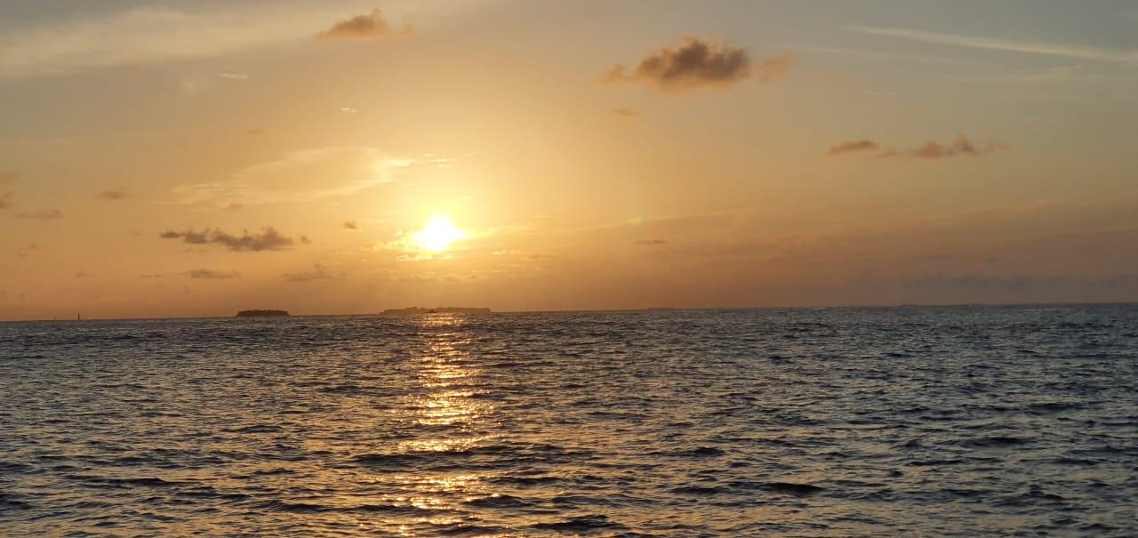Atoll excursions Maldives sunset cruise.
