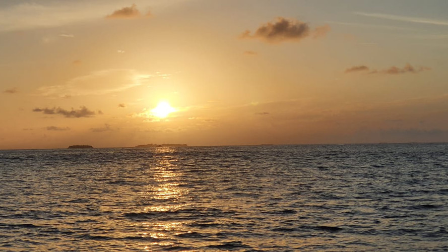 Atoll excursions Maldives sunset cruise.