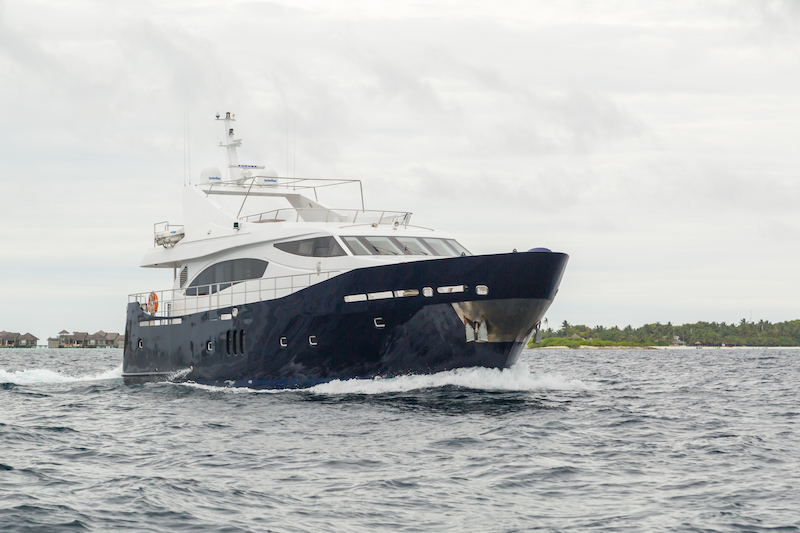 maldives luxury transfer yacht (14).jpg