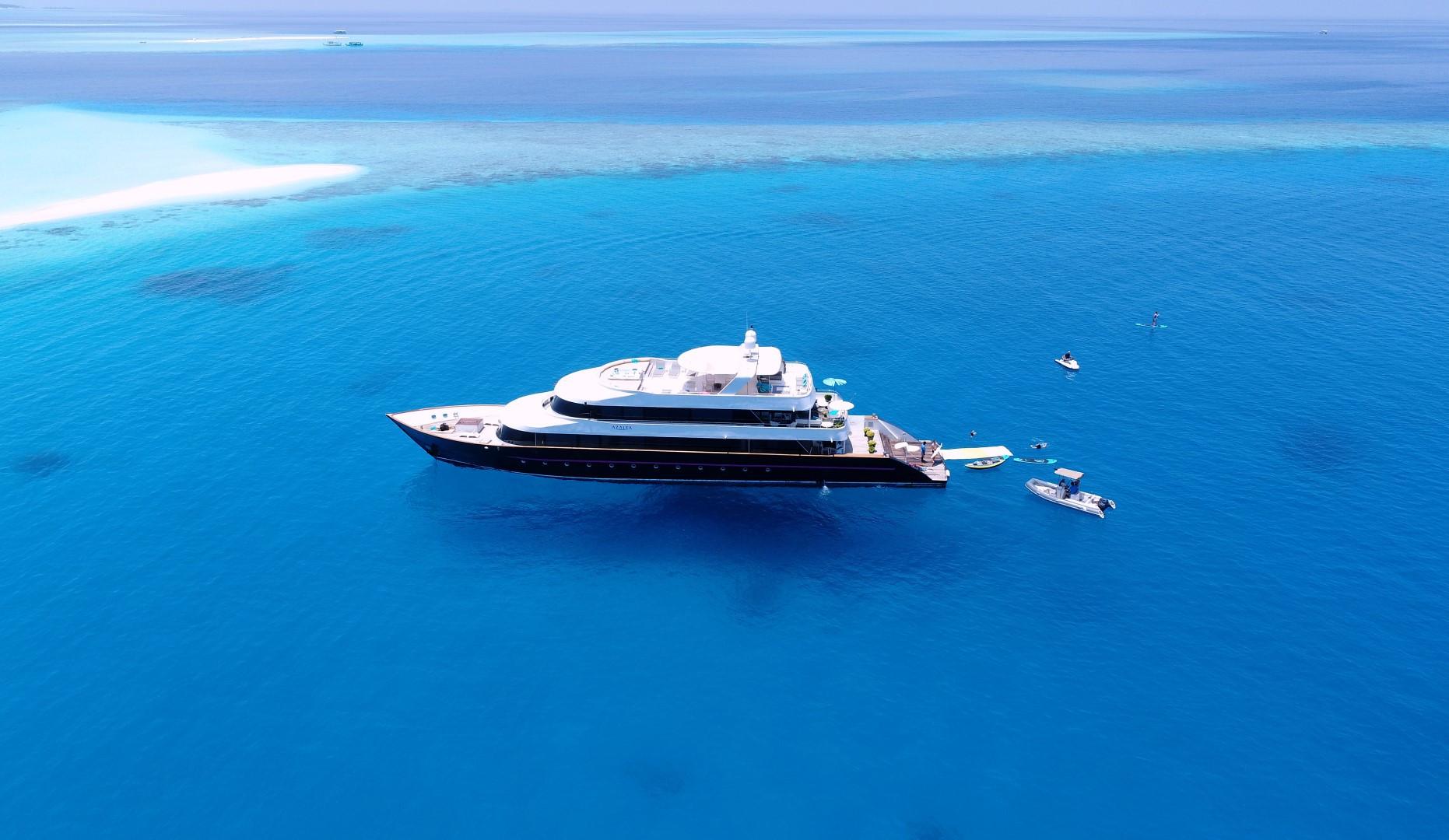 Maldives Super yacht Azalea Cruise (33).