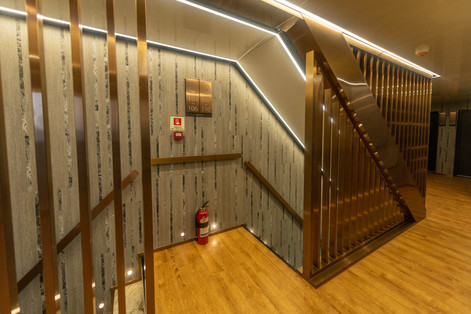 Lower deck enterance-min.JPG