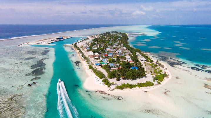 dhifushi_edited.jpg