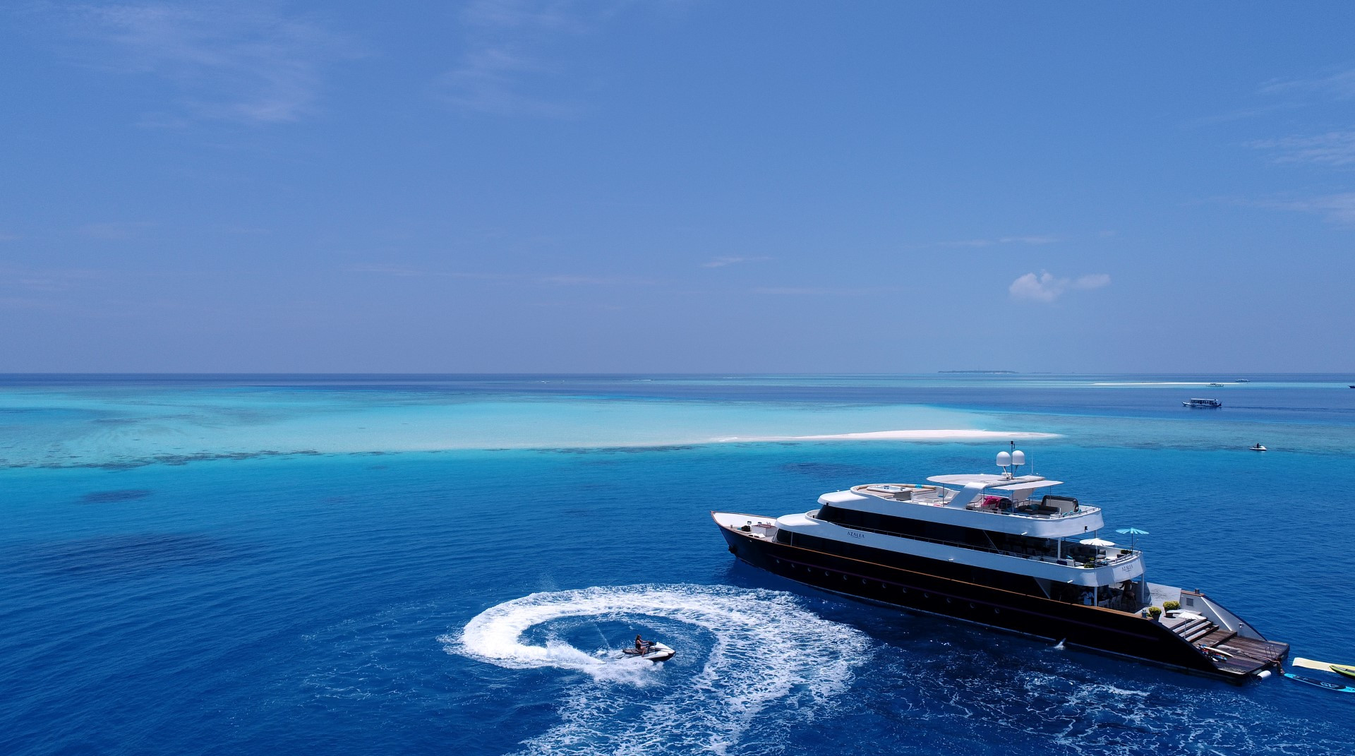 Maldives Super yacht Azalea Cruise (34).