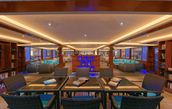 Atoll lounge airport 5
