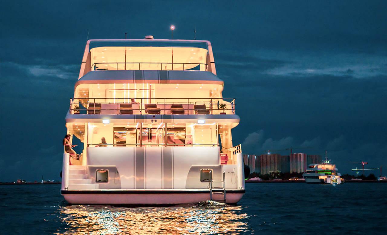 Alice yacht maldives 12