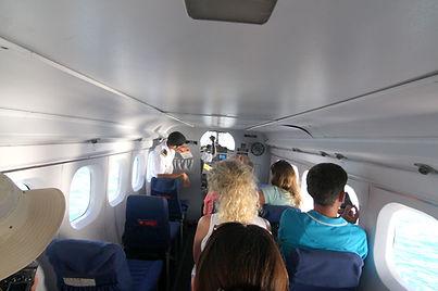 safty-brefing-of-seaplane.jpg