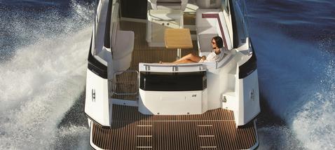 beneteau yacht Maldives3.png