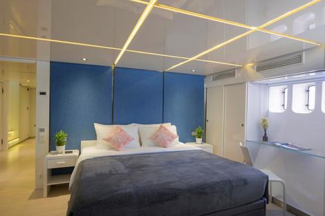 SeaRex_Standard Cabin (Large).jpg