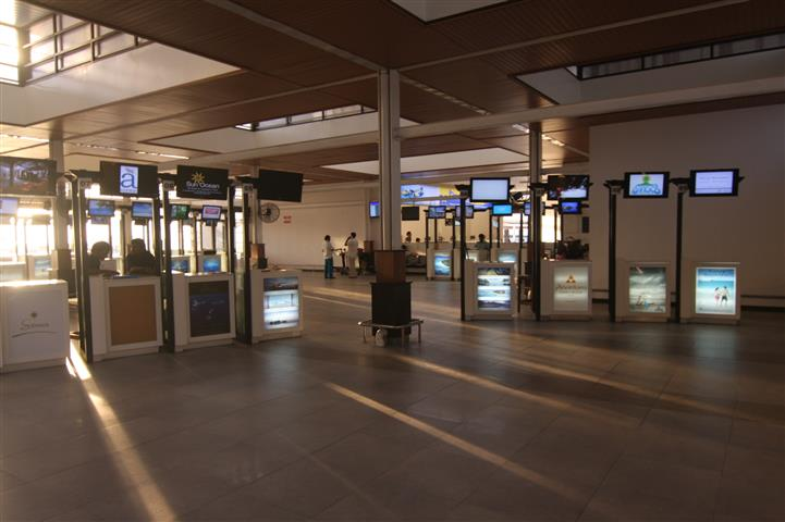 Airprot Hotel Counters.JPG
