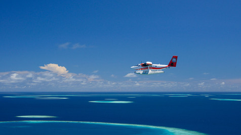 maldives seaplane transfer (3).jpg