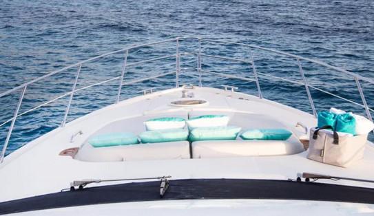 azimut yacht.5.jpg