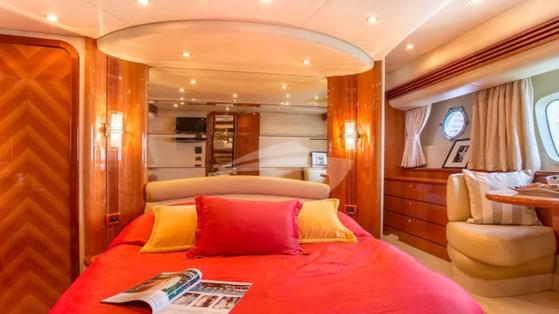 azimut yacht.3.jpg