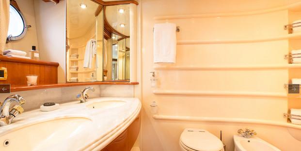azimut yacht.12.jpg