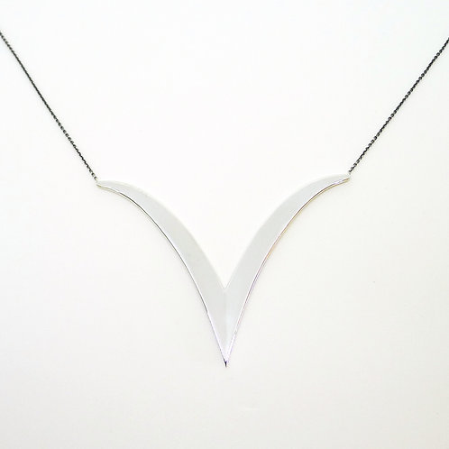 Extreme V  Plain Large Pendant