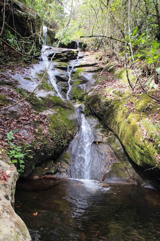banho de cachoeira rj