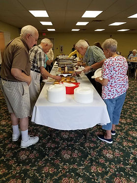 buffet for independent living residents