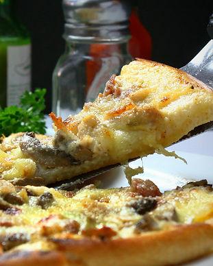 pizza-329523_1920.jpg