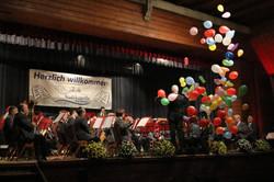 Nena mit 99 Luftballons
