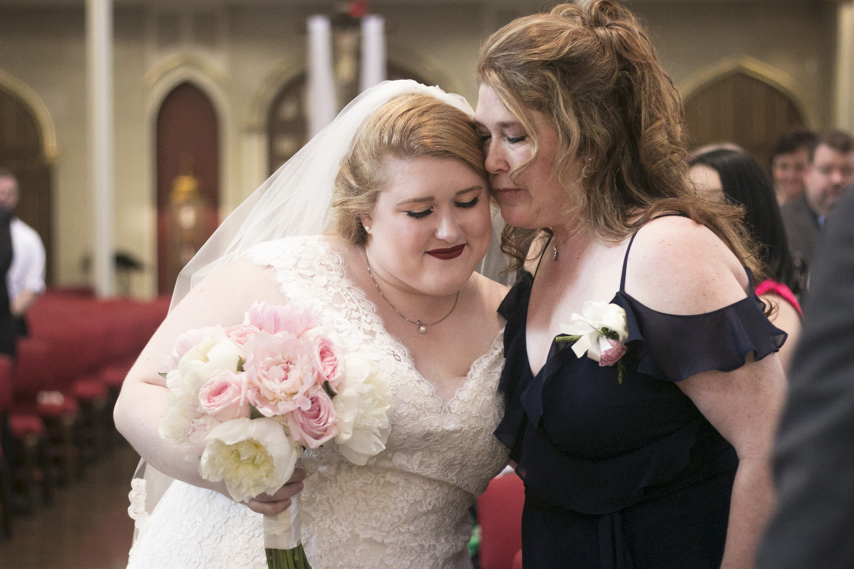 bride and mother at Long wedding