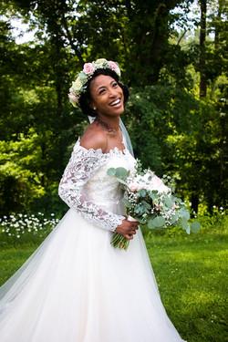bride Brianna at Lawhon wedding