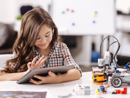 Girls Tech: new programming and robotics classes for girls