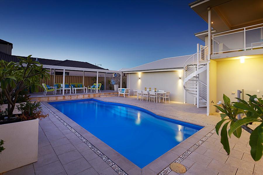 Aquarius Large Pool by Greenwest Sydney