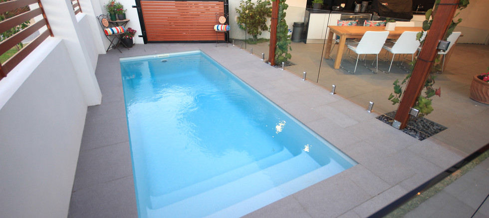 paradiso small pool by greenwest