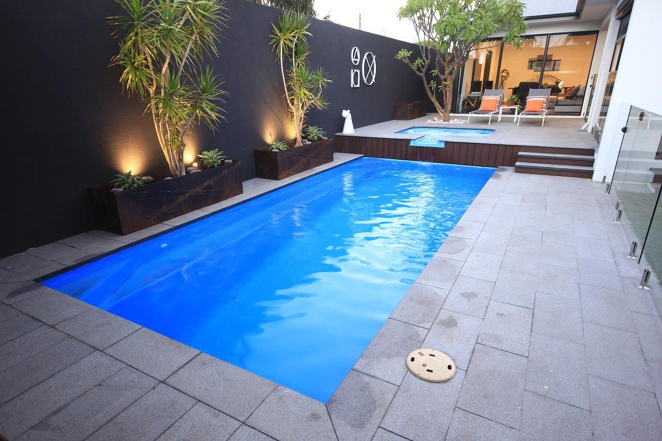 Oxford Horizon Pool by Greenwest Sydney.