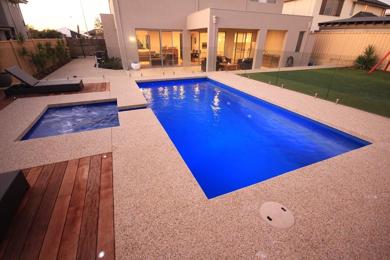 Palazzo Greenwest Pools, Spas & Landscap