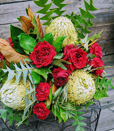 Native Love Bouquet Red & Green