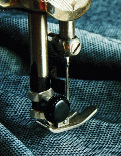 stitching-1148x640-700x390_edited.jpg