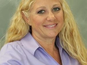 Dr. Elise Reeh