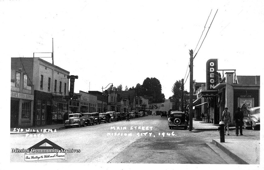 Mission's First Avenue, 1946