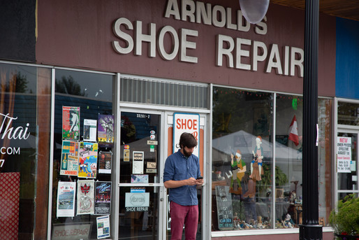 Arnold's Shoe Repair