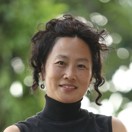 Dr. Julia Kim
