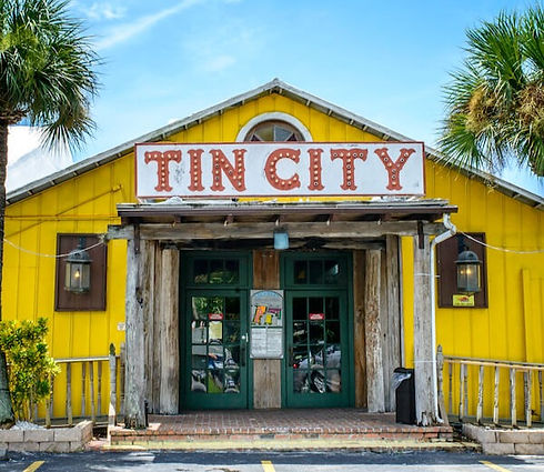 Naples-Florida-attractions-historic-Tin-City-shops-restaurants-and-water-activities_edited.jpg