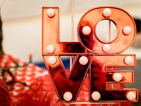 Social media tips for Valentine's Day