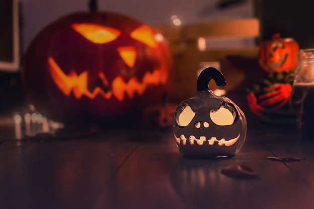 5 spookily effective Halloween social media marketing tricks - with Hookle