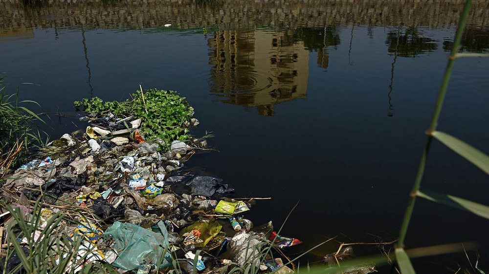 plastic pollution in the Nile