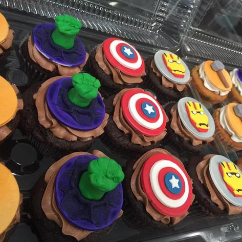 Avengers Cupcakes | Moneta Moments