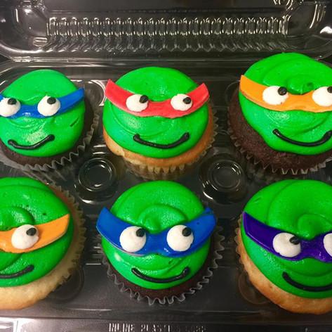 Customized Cupcakes | Moneta Moments